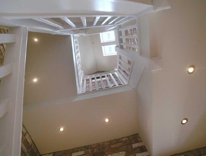 higher-den-farm-stairs