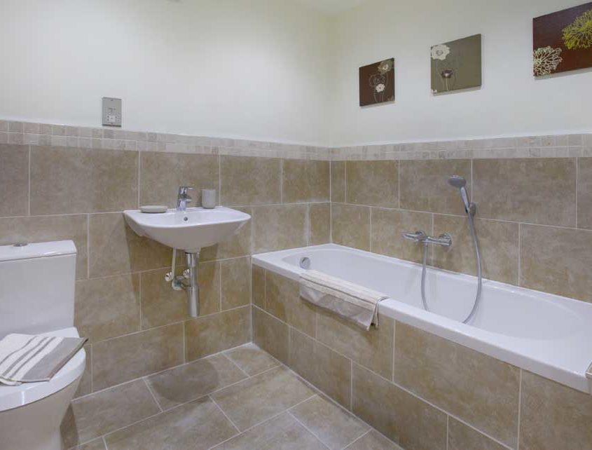 barn-lane-bathroom