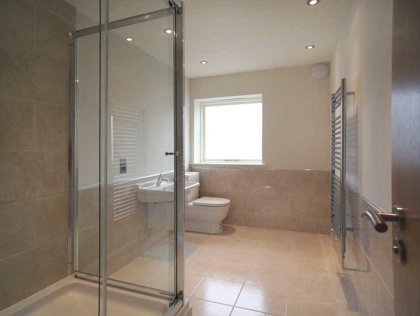 bradley-hall-farm-shower